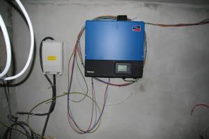 Montierter 10 kVA-Wechselrichter