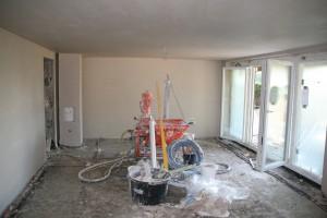 Nach getaner Arbeit: Maschine leer, Wände neu